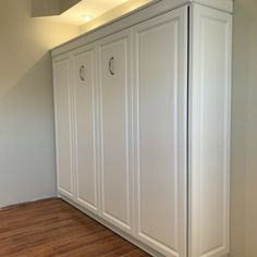 The HORIZONTAL Daytona Raised Panel Style Panel Bed Murphy Bed System includes everything you need to transform any space into a dual-purpose guest room. Girls Bedroom, Master Bedroom, Bedrooms, Bedroom Ideas, Diy Bedroom, Bedroom Wardrobe, Master Suite, Murphy Bed Ikea, Murphy Bed Plans