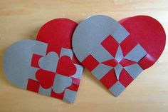 Danish Woven Hearts | woven paper hearts instructions to make simple danish christmas hearts ...