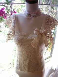 lace blouse au natural top shirt women vintage hankietankie hankie tankie. 39.00, via Etsy.