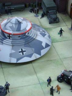 ✠ Nazi UFO ✠ Haunebu I Технические характеристики:  Диаметр:25 м. Двигатель:Туле-тахионатор 7b Управление: магнитно-импульсное Скорость:от 4,800 км\час до 17000 км\час Дальность полета(в часах): 18часов Вооружение: 2x8 KSK в трех вращающихся пулеметных башнях, 4xMK 108 Броня: двойная Экипаж: 8 человек Приспособленость к космическим полетам: 60% Выход на орбиту: 8 мин.