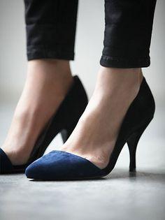 These kitten heels are now 50% off #staple!