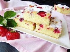 Raspberrybrunette: Hrnčekový jogurtový koláč s ovocím