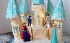 No Bake Frozen Birthday Cake Recipe - Kids cooking Frozen Birthday Cake, Disney Princess Birthday, Frozen Party, Frozen Cake, Birthday Cakes, Birthday Ideas, Chocolate Ripple Biscuits, My Little Pony Cake, Frozen Christmas