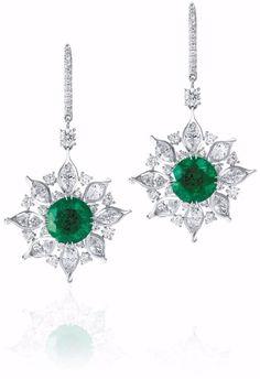 Solid Dangle Earrings 925 Sterling silver Green Round Flower Style jewelry Cz Nw #NIKI #DropDangle