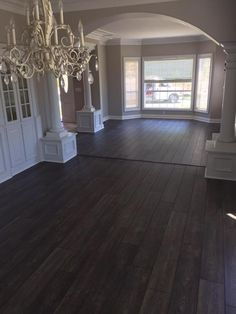 Laminate Flooring With Oak Cabinets