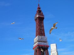 Blackpool, nearby campsites and easy access into this traditional sea side town.