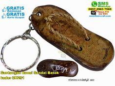 Gantungan Kunci Sandal Batok 1776 Hub: 0895-2604-5767 (Telp/WA)gantungan kunci sandal batok,gantungan kunci sandal batok murah,gantungan kunci sandal batok unik,gantungan kunci sandal batok grosir,grosir gantungan kunci sandal batok murah,souvenir gantungan kunci sandal batok,souvenir gantungan kunci,jual souvenir gantungan kunci,souvenir bahan batok,jual gantungan kunci,gantungan kunci sandal  #gantungankuncisandalbatok #jualgantungankunci #gant