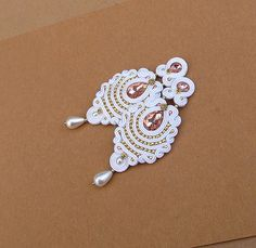 White Long Bridal Clip-On Earrings - Gold and White Earings - Soutache Clip Earrings - Soutache Jewelry - Hand Embroidered - Long Clips