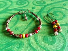 Handcrafted bracelet and earrings. Czech glass beads by terramor