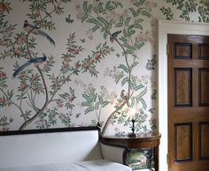 There is an extraordinary hand-painted Chinoiserie wallpaper in the drawing room of Pitzhanger Manor, Sir John Soane's country house in Ealing, London. It was painted by a team of three artists in the winter of 2018 and is now open to the public. If you pay a visit prepare to be amazed! Chinese Wallpaper, Chinoiserie Wallpaper, Drawing Room, Textures Patterns, Hand Painted, Studio, Spelling, Beautiful Things, Interior