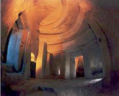 Malta's Hypogeum- one of the creepiest & most amazing places I have ever been