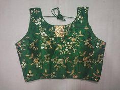 Malbari blouse, green blouse, fancy blouse, indian blouse, readymade b… Blouse Patterns, Saree Blouse Designs, Stylish Blouse Design, Indian Blouse, Fancy, Black Saree, Party Wear Sarees, Beautiful Saree, Blouses For Women