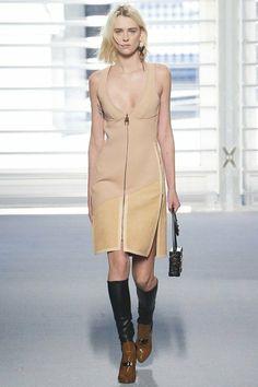 PFW: Louis Vuitton Thu - Đông 2014