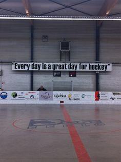 Should be in every rink. Hockey Rules, Hockey Mom, Ice Hockey, Hockey Stuff, Blackhawks Hockey, Chicago Blackhawks, Hockey Pictures, Lets Go Pens, Hockey Season