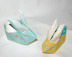 Origami Easter Bunny which can be filled with sweets, lovely jubely!
