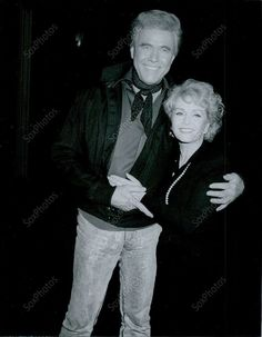 1989 Debbie Reynolds Have Presnell The Pantages Los Angeles Press Photo Debbie Reynolds Carrie Fisher, Eddie Fisher, First Crush, She Movie, Press Photo, Losing Her, Beauty Queens, December, Beautiful Women
