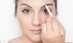 Passo a passo: como fazer a sobrancelha em casa - Beleza - MdeMulher - Ed. Abril