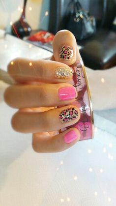 Fails Art Gold Animal Prints 24 Ideas For 2019 Get Nails, Fancy Nails, Pretty Nails, Hair And Nails, Pink Leopard Nails, Semi Permanente, Diva Nails, Creative Nails, Manicure And Pedicure