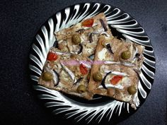 Foodie in Translation: La Rubrica del Lunedì: pizza con acciughe fresche