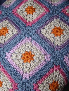 Love the squares that get visual interest from both color and stitch pattern