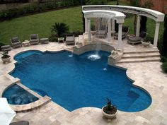 Having a pool sounds awesome especially if you are working with the best backyard pool landscaping ideas there is. How you design a proper backyard with a pool matters. Luxury Swimming Pools, Luxury Pools, Dream Pools, Swimming Pools Backyard, Swimming Pool Designs, Pool Spa, My Pool, Backyard Pool Landscaping, Backyard Pool Designs