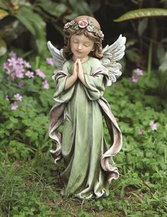 Praying Green Angel found the perfect spot for this .lovely...
