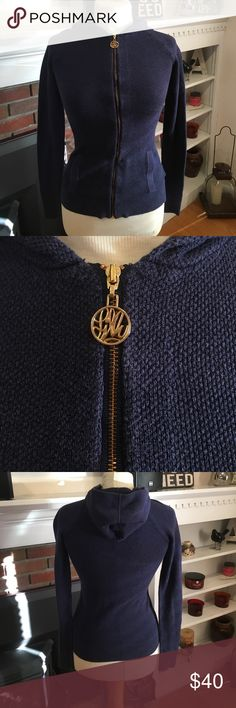 Lily Pulitzer hooded zip up! Navy blue with gold zipper, pockets and hood in great condition💙 Lilly Pulitzer Sweaters