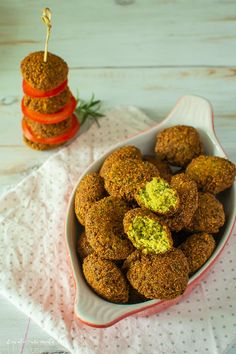 Falafel Falafel, Bean Recipes, Healthy Recipes, Healthy Meals, What A Beautiful Day, Raw Vegan, Veggies, Appetizers, Yummy Food