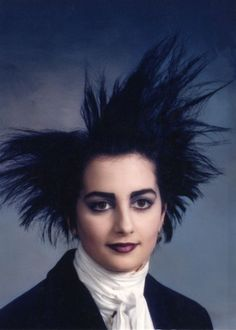 Ah, the The time of ripped fished nets, ugly sweaters, and really big hair. Ever wondered what your favorite NASCAR Sprint Cup drivers would look like if Vintage Goth, 80s Goth, Punk Goth, Dark S, Moda Punk, Vancouver Photos, Clint Bowyer, 80s Hair, Yearbook Photos