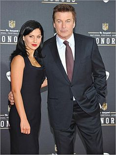"""""""30 Rock"""" actor Alec Baldwin is engaged. http://www.boston.com/ae/celebrity/gallery/celebrity_relationships?pg=2"""