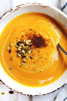 Panera Autumn Squash Soup Copycat Panera Autumn Squash Soup - comforting flavor, loaded with vegetables, and an easy slow cooker soup recipe for fall or winter! Apple Cider, Cozy Meals, Slow Cooker Soup, Slow Cooker Pumpkin Soup, Comfort Food, Cooker Recipes, The Best, Food And Drink, Favorite Recipes
