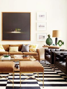 In designer Nate Berkus's Manhattan family room, a large photograph by Oswaldo Ruiz overlooks a vintage Milo Baughman chair, at left, and a pair of Paul McCobb stools; saguaro-cactus skeletons stand in the corner. Nate Berkus, Living Room Modern, My Living Room, Living Room Designs, Living Room Decor, Small Living, Bedroom Decor, Feng Shui Living Room Layout, Ralph Lauren Home Living Room