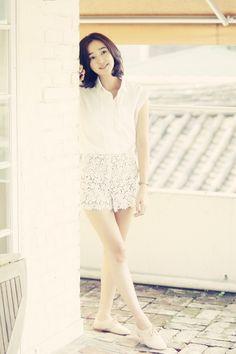 Soo-Ae 수애 Super Movie, Korean Fashion, Mens Fashion, Popular Tv Series, Korean Actresses, Girl Day, Korean Women, Asian Woman, Movie Stars