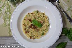 #Risotto mit Pinienkernen, getrockneten Tomaten und Frühlingszwiebeln. Schmeckt so toll!