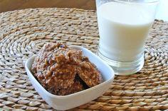 Applesauce Cookies :: almond flour, applesauce, shredded coconut, vanilla extract, cinnamon, coconut oil, maple syrup, eggs.