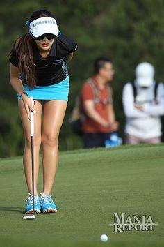 日本でも人気の女子プロゴルファーのイ・ボ ミさんですが、最近日本ツアーに参戦した韓 国のセクシークイーンことアン・シネさん。 ゴルフも賞金ランク3位などスゴイですが、 セクシーさを売りにしている感が強すぎます !そのためか、おじ様たちの女神...