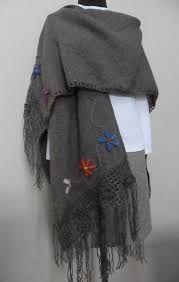 Resultado de imagen para ruanas bordadas