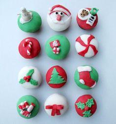 Make Show-Stopping Holiday Cupcakes! - HoneyBear Lane