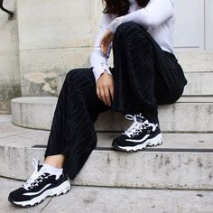 Step on up! D'Lites - Biggest Fan keeps you stylish (and comfy) every step of the way.