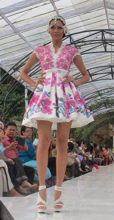 dress by Sebastian Gunawan Dress Me Up, I Dress, Sebastian Gunawan, Ethnic Fashion, Womens Fashion, Traditional Fabric, Ethnic Style, Kebaya, Jakarta
