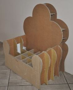 Unravel Coaster Office funiture kind of hot home furniture styles within a variety of looks or colors. Cardboard Chair, Diy Cardboard Furniture, Paper Furniture, Cardboard Paper, Cardboard Crafts, Doll Furniture, Paper Clay, Furniture Styles, Ganpati Decoration Design