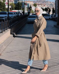Modest Fashion Hijab, Modern Hijab Fashion, Casual Hijab Outfit, Hijab Fashion Inspiration, Muslim Fashion, Mode Inspiration, Hijab Dress, Dress Skirt, Tokyo Street Fashion