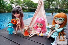Blythes by the pool | by Kewty-pie