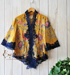 Jyu More Batik Kebaya, Kebaya Dress, Batik Fashion, Ethnic Fashion, Womens Fashion, Blouse Batik, Batik Dress, Mode Batik, Modern Kebaya
