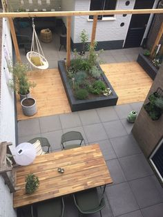 Tuin overzicht, strak met pergola en vlonders – Terrasse ideen Garden overview sleek with pergola and decking Garden overview sleek with pergola and decking The post Garden overview sleek with pergola and decking appeared first on Terrasse ideas. Pergola Garden, Small Backyard Landscaping, Outdoor Pergola, Wooden Pergola, Backyard Pergola, Pergola Plans, Pergola Ideas, Patio Ideas, Landscaping Ideas
