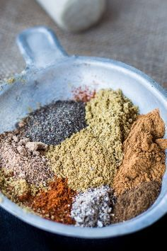 Middle Eastern Spicy Blend 2 Minute Baharat Middle Eastern Spice Mix Recipe - An aromatic concoction of 7 spices that are easy to find in your pantry. Ground and blend the spices for your meats and extra tasty dinners. Homemade Spices, Homemade Seasonings, Spice Blends, Spice Mixes, 7 Spice, Rub Recipes, Cooking Recipes, Smoker Recipes, Milk Recipes