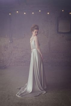 Elizabeth Dye Silver dress | Photography http://www.biancophotography.com/