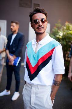 【海外スナップ】リラックスムード漂う2017年春夏ミラノ・ファッション・ウイーク ストリート・スナップ 20 / 161