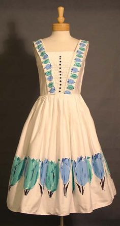 a beautiful tulip dress to wear in the spring