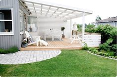Top Backyard Beach Oasis Tips! Top Backyard Beach Oasis Tips!,IN DER WANNE Wooden type ones are appropriate for gardens on account of the way that they can harmonize and blend with nature. Backyard Beach, Small Backyard Patio, Back Patio, Pergola Patio, Pergola Plans, Backyard Landscaping, White Pergola, Modern Pergola, Gazebo